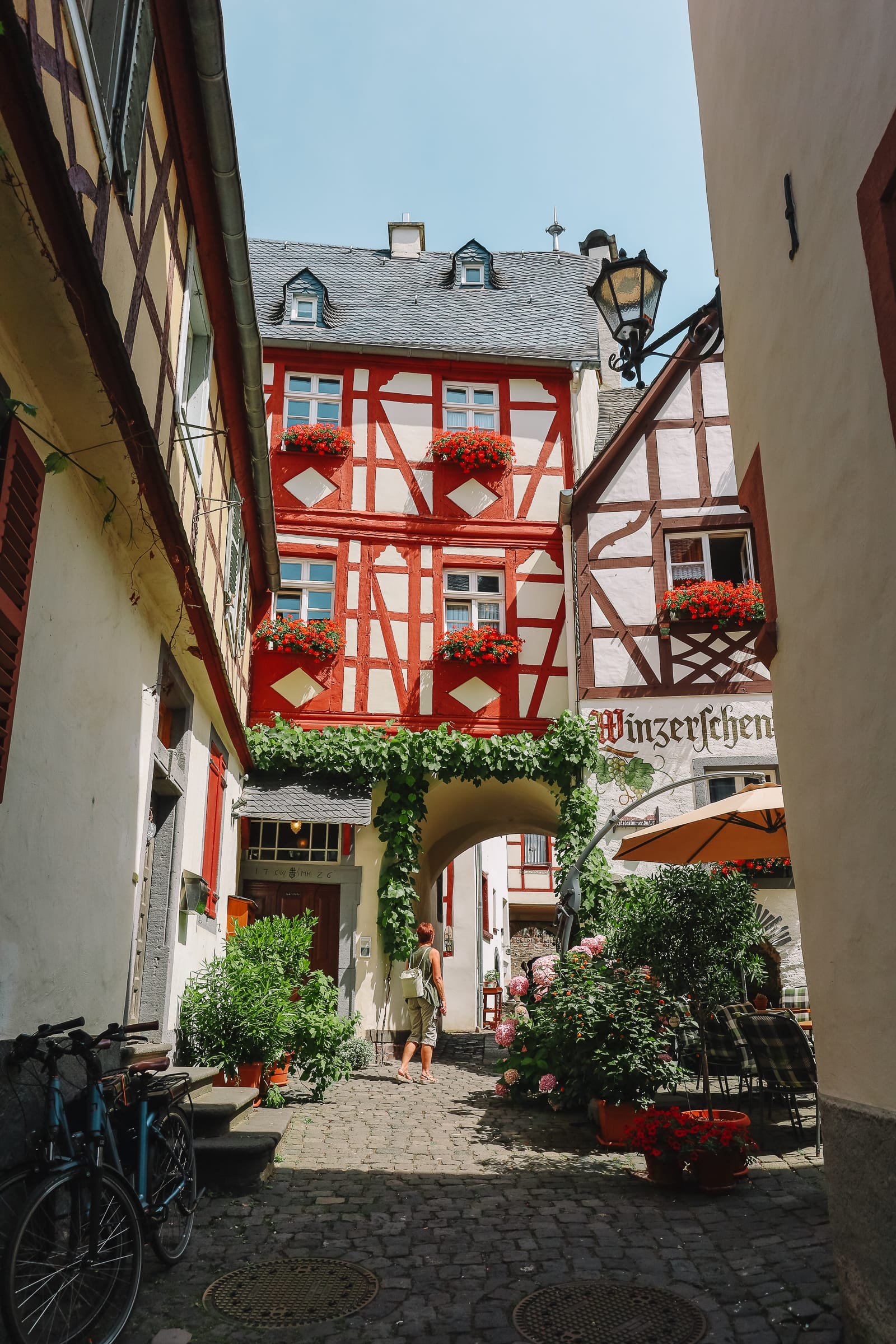 The Gorgeous Little Town Of Beilstein and The Amazing Eltz Castle In Germany (17)