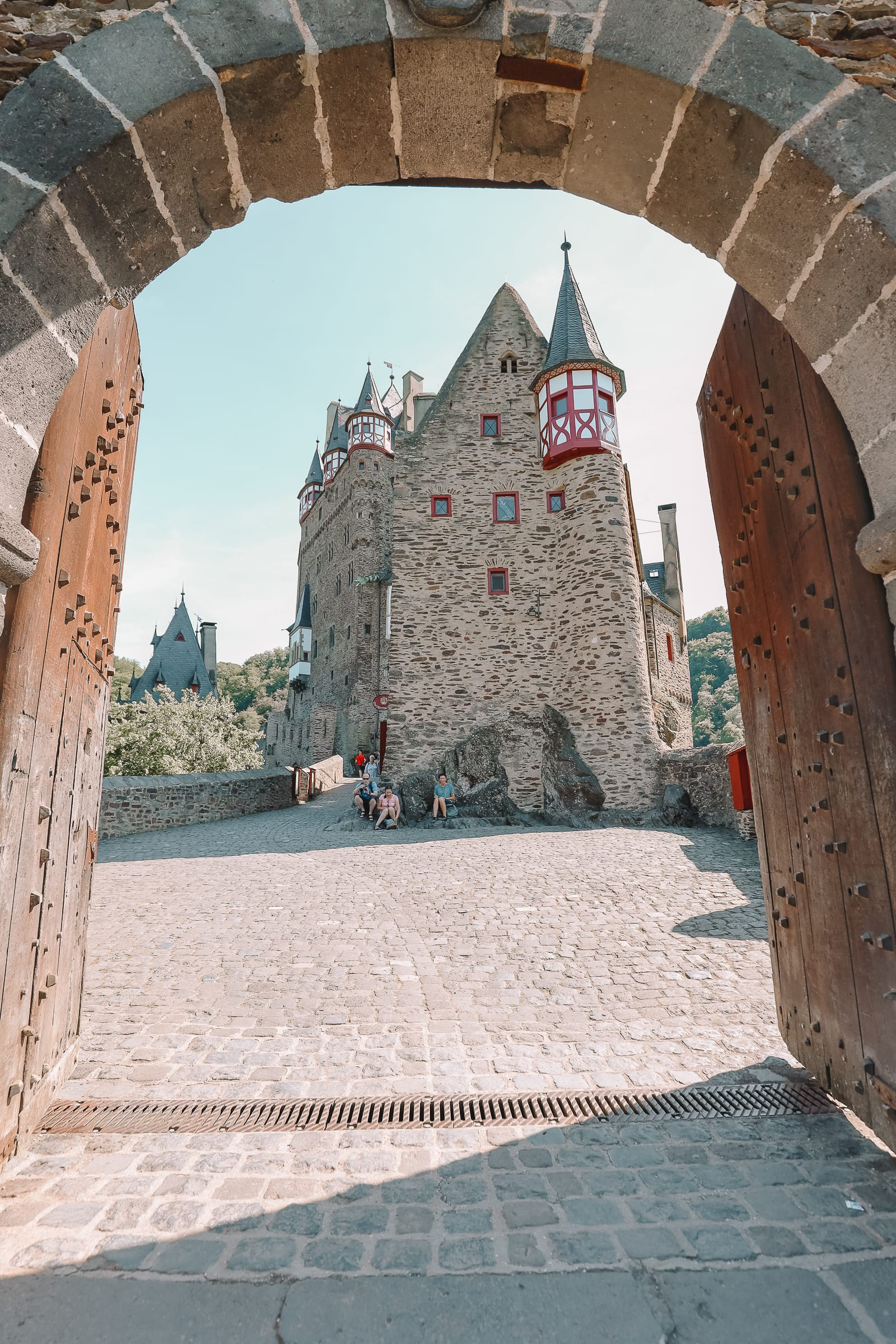 The Gorgeous Little Town Of Beilstein and The Amazing Eltz Castle In Germany (38)