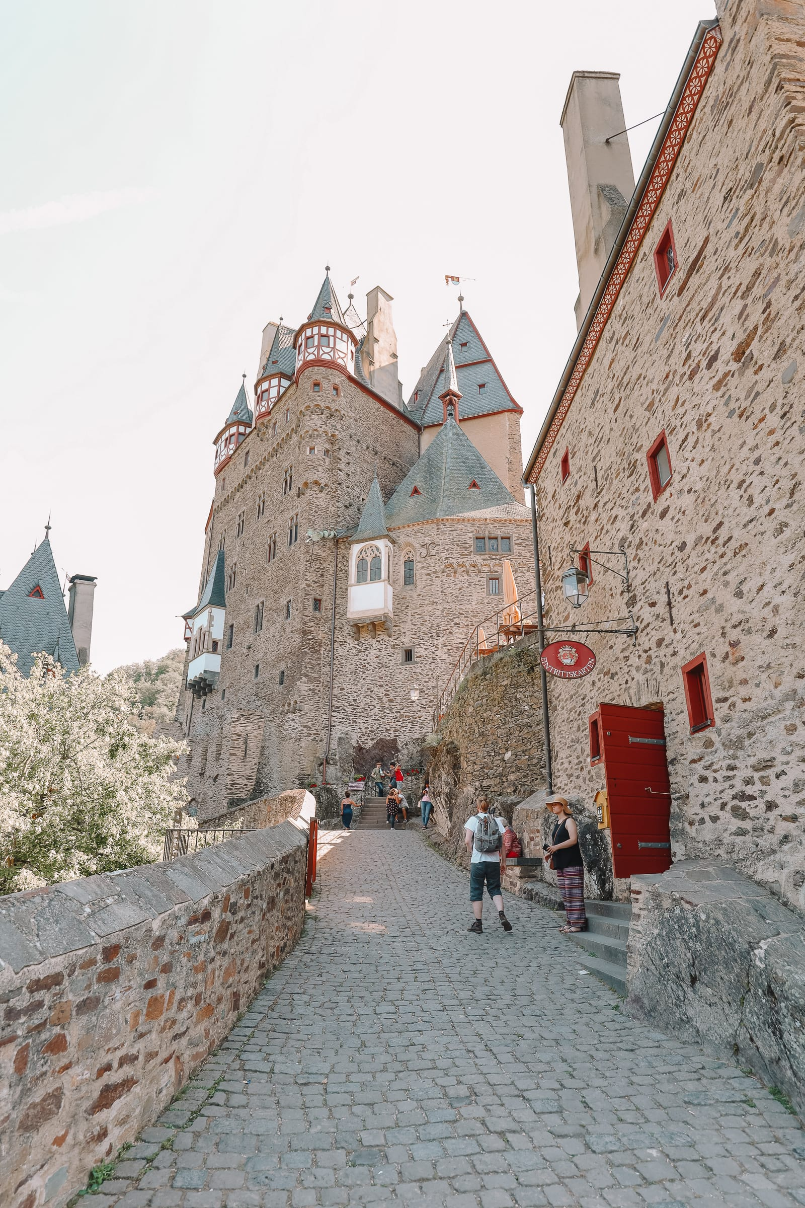 The Gorgeous Little Town Of Beilstein and The Amazing Eltz Castle In Germany (39)