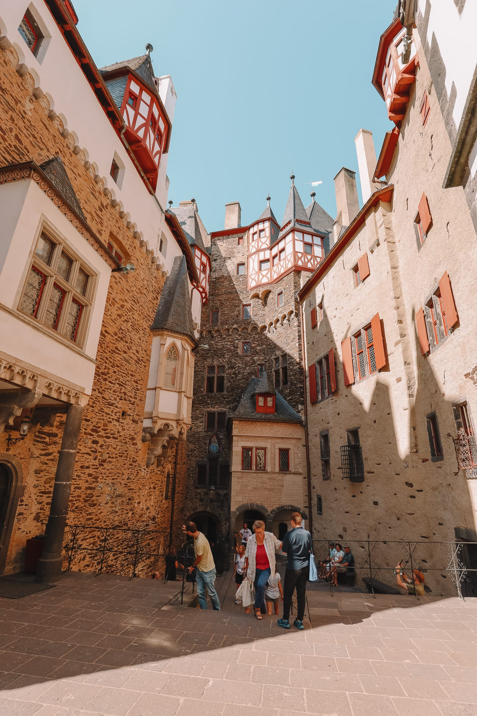 The Gorgeous Little Town Of Beilstein and The Amazing Eltz Castle In Germany (44)