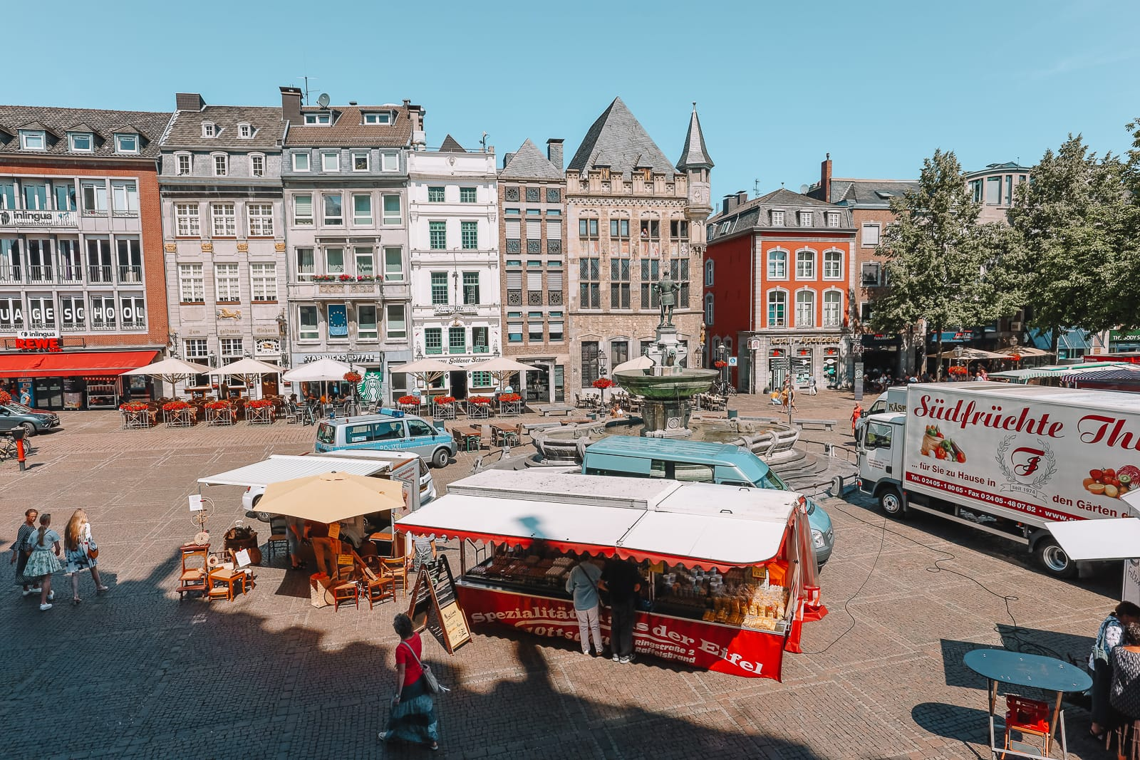A Morning In German City of Aachen (7)